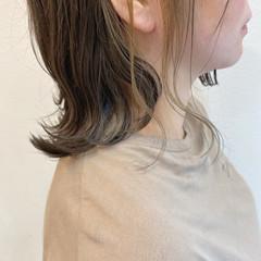 ダブルカラー 切りっぱなしボブ インナーカラー ナチュラル ヘアスタイルや髪型の写真・画像