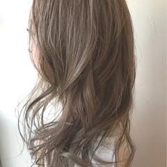 グラデーションカラー ストリート グレージュ セミロング ヘアスタイルや髪型の写真・画像