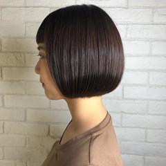 ショートヘア ピンクブラウン ナチュラル ブラウンベージュ ヘアスタイルや髪型の写真・画像