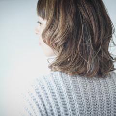 コントラストハイライト ナチュラル ホワイトハイライト ハイライト ヘアスタイルや髪型の写真・画像