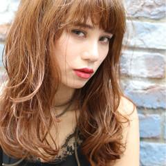 ハイライト パーマ ゆるふわ ストリート ヘアスタイルや髪型の写真・画像