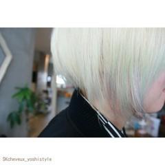 ダブルカラー ホワイト 個性的 モード ヘアスタイルや髪型の写真・画像