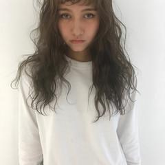 外国人風カラー ゆるふわ ナチュラル 透明感 ヘアスタイルや髪型の写真・画像