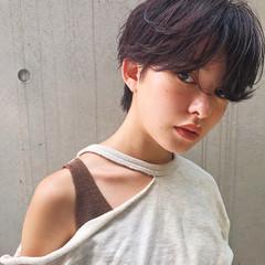 暗髪 ショートヘア ショート ゆるふわパーマ ヘアスタイルや髪型の写真・画像