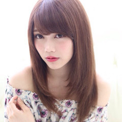 アッシュ ピュア 前髪あり 外国人風 ヘアスタイルや髪型の写真・画像