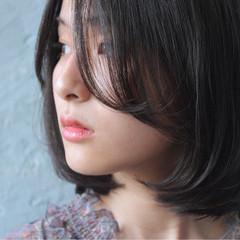 ショートボブ アンニュイ ボブ 大人女子 ヘアスタイルや髪型の写真・画像