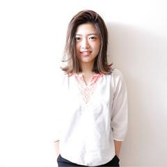 ハイライト 外国人風 女子会 切りっぱなし ヘアスタイルや髪型の写真・画像