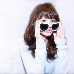 愛され セミロング 春 ガーリー ヘアスタイルや髪型の写真・画像