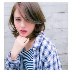 ストリート ナチュラル セミロング 春 ヘアスタイルや髪型の写真・画像