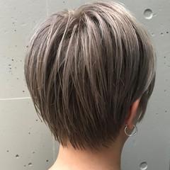 ショートボブ アッシュ ショート ベージュ ヘアスタイルや髪型の写真・画像