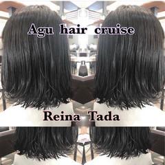 外ハネ ウェットヘア モテ髪 ナチュラル ヘアスタイルや髪型の写真・画像