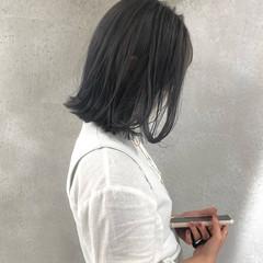 ブリーチ必須 切りっぱなしボブ ミルクティーグレージュ ナチュラル ヘアスタイルや髪型の写真・画像