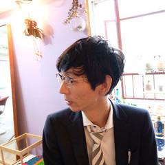 社会人 メンズ オフィス パーマ ヘアスタイルや髪型の写真・画像