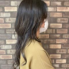 イルミナカラー ウルフカット スロウ 透明感 ヘアスタイルや髪型の写真・画像