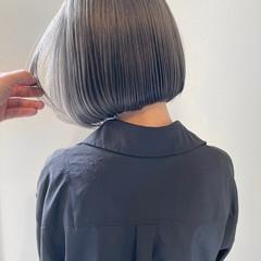 ナチュラル グレージュ ラベンダーグレージュ アッシュグレー ヘアスタイルや髪型の写真・画像