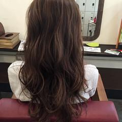 ロング アッシュブラウン 外国人風 カーキアッシュ ヘアスタイルや髪型の写真・画像