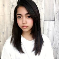 前髪あり かき上げ前髪 セミロング ナチュラル ヘアスタイルや髪型の写真・画像