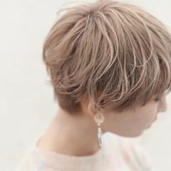 ショート こなれ感 ニュアンス フリンジバング ヘアスタイルや髪型の写真・画像