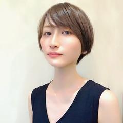 ショート ショートヘア ハイライト 流し前髪 ヘアスタイルや髪型の写真・画像