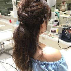 ハーフアップ くるりんぱ 簡単ヘアアレンジ セミロング ヘアスタイルや髪型の写真・画像