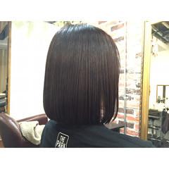 切りっぱなし ボブ 耳かけ 黒髪 ヘアスタイルや髪型の写真・画像