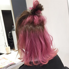 ピンク ブリーチ ミディアム ガーリー ヘアスタイルや髪型の写真・画像