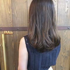 夏 透明感 グレージュ ニュアンス ヘアスタイルや髪型の写真・画像