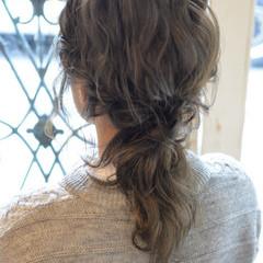 ハーフアップ ゆるふわ 暗髪 ミディアム ヘアスタイルや髪型の写真・画像