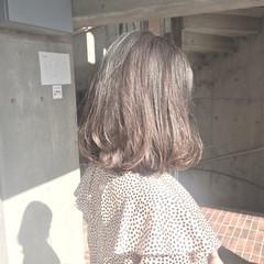 ミディアム 小顔 色気 大人女子 ヘアスタイルや髪型の写真・画像