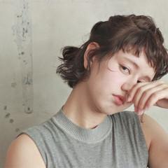 大人かわいい ショート 暗髪 簡単ヘアアレンジ ヘアスタイルや髪型の写真・画像