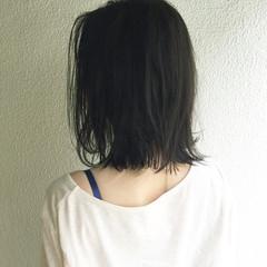 ボブ 切りっぱなし 前下がり アッシュ ヘアスタイルや髪型の写真・画像