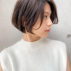 大人女子 ショート ブリーチなし ナチュラル ヘアスタイルや髪型の写真・画像