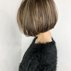 切りっぱなしボブ ボブ ハイライト ナチュラル ヘアスタイルや髪型の写真・画像