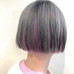 ボブ ミニボブ ピンク 切りっぱなしボブ ヘアスタイルや髪型の写真・画像