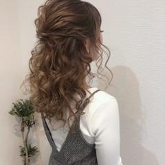 ヘアセット フェミニン ヘアアレンジ ハーフアップ ヘアスタイルや髪型の写真・画像