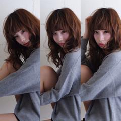 暗髪 ゆるふわ セミロング ナチュラル ヘアスタイルや髪型の写真・画像