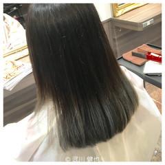 縮毛矯正 パーマ セミロング グラデーションカラー ヘアスタイルや髪型の写真・画像