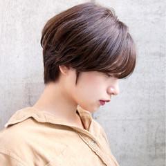 ショートボブ コンサバ 外国人風カラー ショート ヘアスタイルや髪型の写真・画像