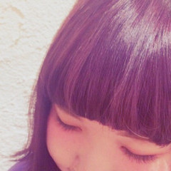 セミロング かわいい ヘアマニュキュア ハイトーン ヘアスタイルや髪型の写真・画像