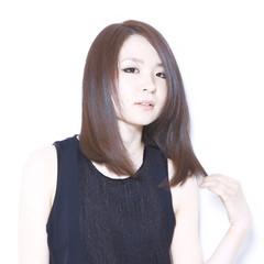ミディアム 色気 ボブ モード ヘアスタイルや髪型の写真・画像