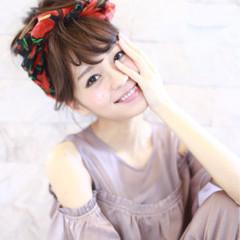 色気 セミロング 簡単ヘアアレンジ ヘアアレンジ ヘアスタイルや髪型の写真・画像