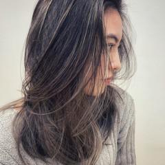 デート 外国人風カラー グレージュ ロング ヘアスタイルや髪型の写真・画像
