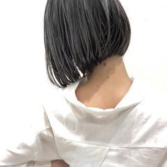 ハイライト グレージュ バレイヤージュ ナチュラル ヘアスタイルや髪型の写真・画像