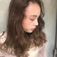 簡単ヘアアレンジ ヘアアレンジ オフィス ガーリー ヘアスタイルや髪型の写真・画像
