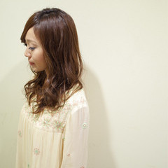 大人かわいい ナチュラル 透明感 フェミニン ヘアスタイルや髪型の写真・画像