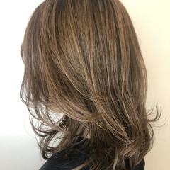 ミディアム コンサバ ヘアスタイルや髪型の写真・画像