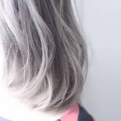 ボブ ブリーチ ヘアスタイルや髪型の写真・画像