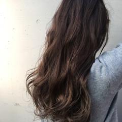 上品 エレガント パーマ ロング ヘアスタイルや髪型の写真・画像
