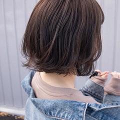 切りっぱなしボブ ショートボブ ボブ ナチュラル ヘアスタイルや髪型の写真・画像