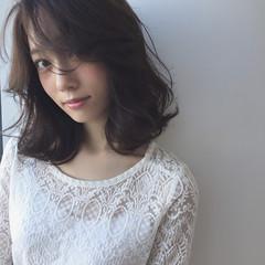 コンサバ 黒髪 暗髪 パーマ ヘアスタイルや髪型の写真・画像